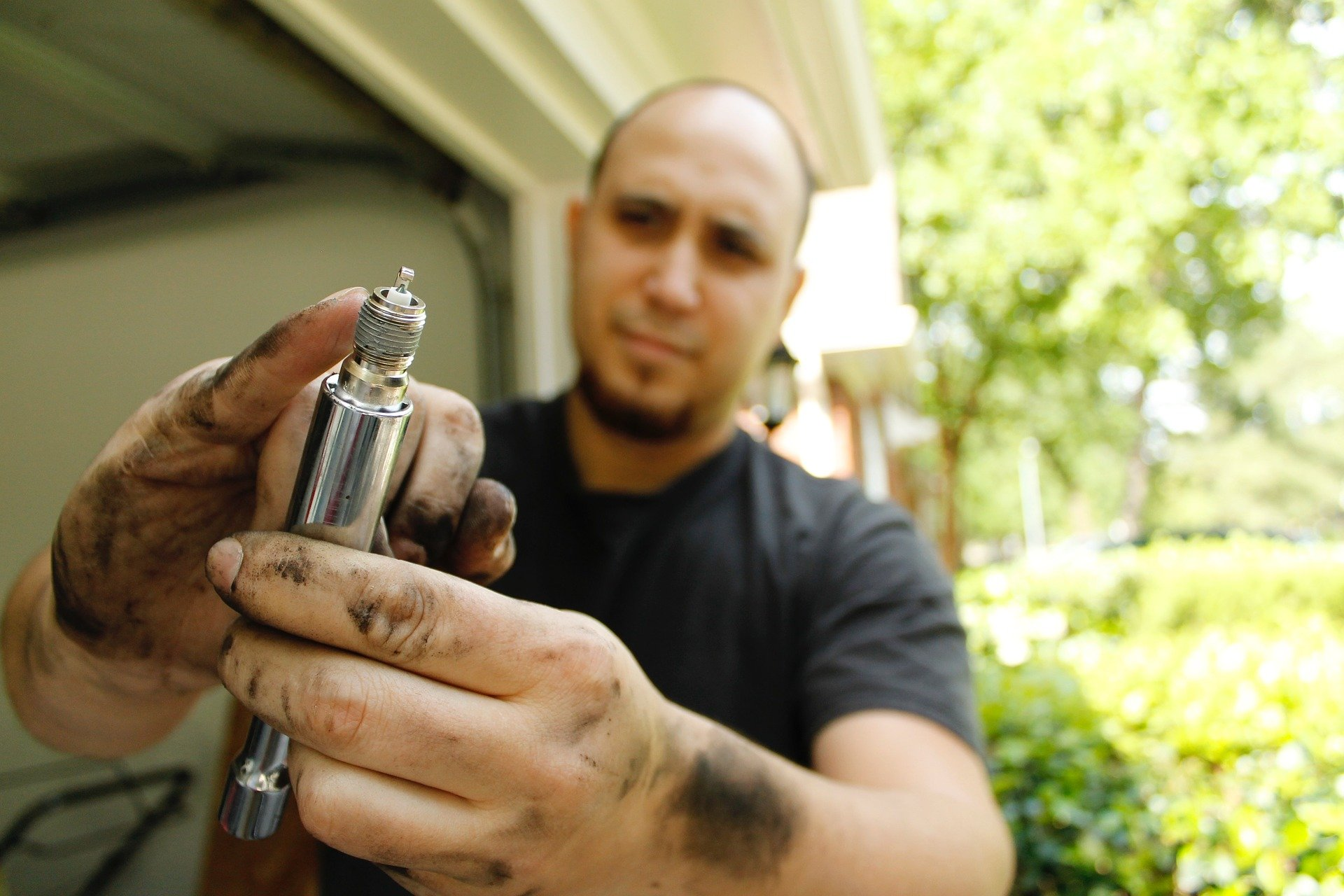 How to Change Your Spark Plugs & Why You Shouldn't Use Copper Grease